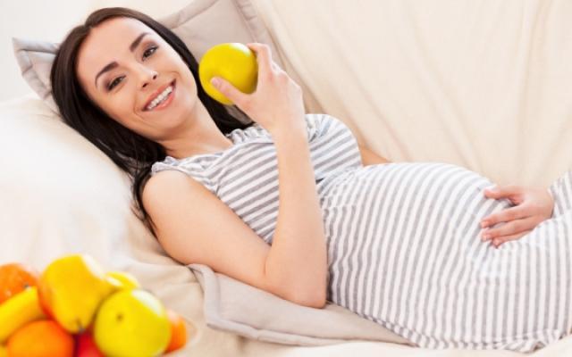 Зъби и венци по време на бременност