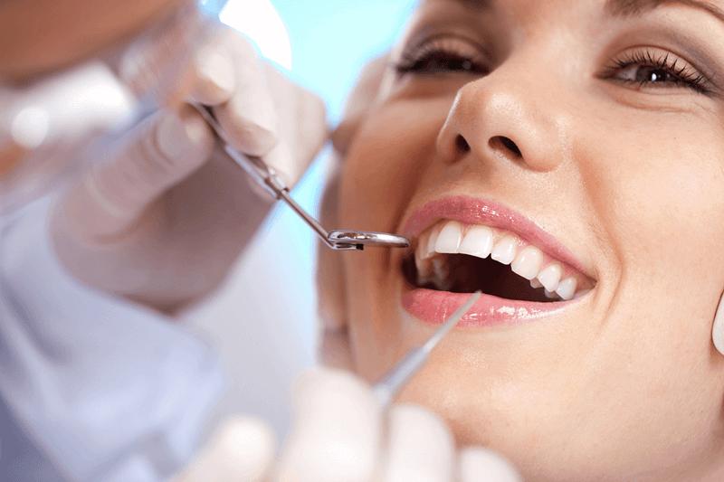 Защо да използваме конец за зъби