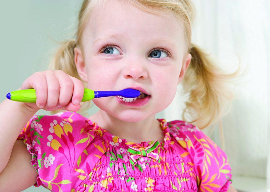 Детето на зъболекар